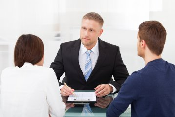 What Issues Should You Discuss with Your Divorce Attorney?